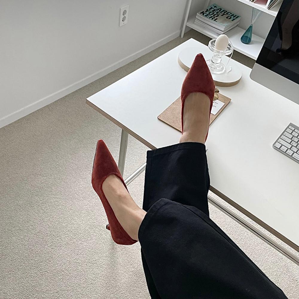 신발 모델 착용 이미지-S1L7