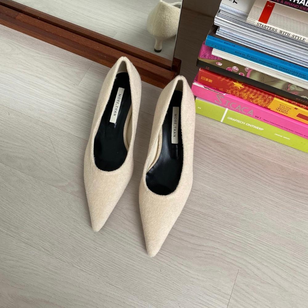 신발 크림 색상 이미지-S1L13